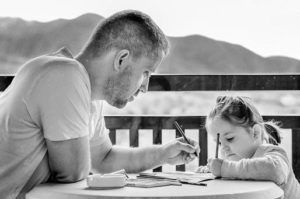 Порядок добровольного признания отцовства в 2021 году